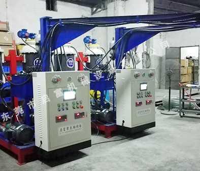 启富H10-QFX型高压发泡机