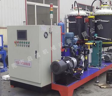 H40-QFP型高压发泡机