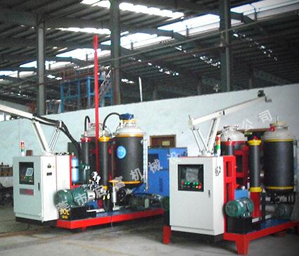 移动式H100-QFP型高压发泡机